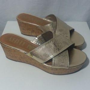 Sam & Libby Slip on Wedge Sandals Gold Size 8.5